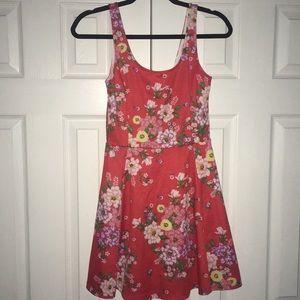 Cute unworn dress!